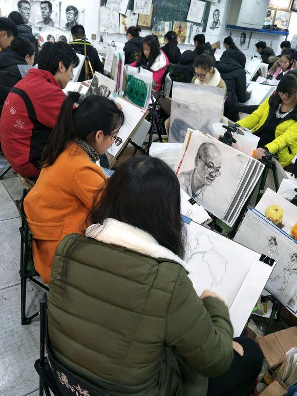 开封画室排名|河南开封素描培训课程